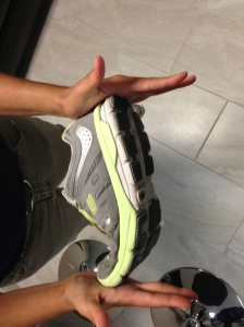 Do you buy the right sneaker? | Healthy Joints n' Eats